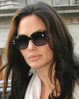 Angelina Jolie - Christian Dior - Josephine 2
