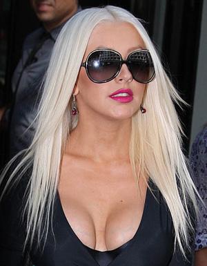 Christina Aguilera - Oliver Peoples - Sofiane