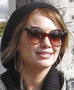 Hilary Duff - Chloe - 2200 Belladone
