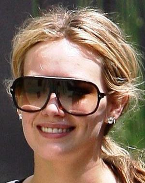 Hilary Duff - Dita - Targa
