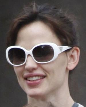 Jennifer Garner - Prada - PR 27LS