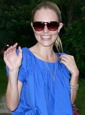 Kate Bosworth - Chloe - 2108