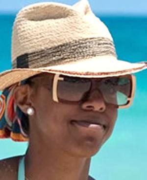 Kelly Rowland - Fendi - FS 5117