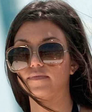 Kourtney Kardashian - Chloe - 2119