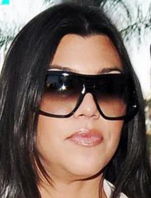 Kourtney Kardashian - Dita - Continental