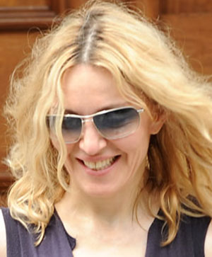 Madonna - Oliver Peoples - Farrell