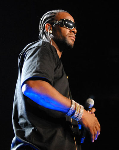 R Kelly - D&G - 6019