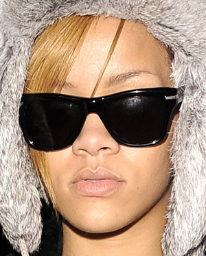 Rihanna - Oliver Peoples - Zooey
