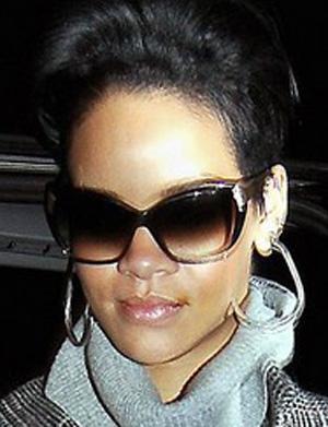 Rihanna - Oliver Peoples - Skyla