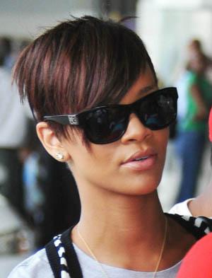 Rihanna - Fendi - FS 504