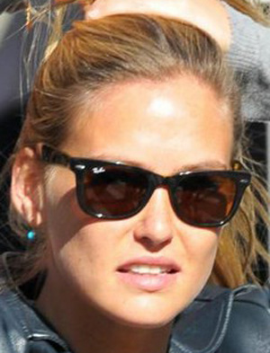 Bar Refaeli - Ray-Ban - RB 2113