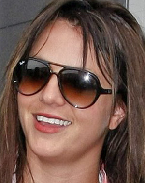Britney Spears - Ray-Ban - 4125 - Aviator