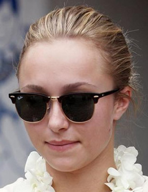 Hayden Panettiere - Ray-Ban - RB 3016 - Clubmaster