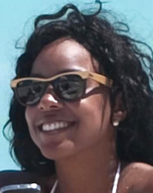 Kelly Rowland - Ray-Ban - RB 2143