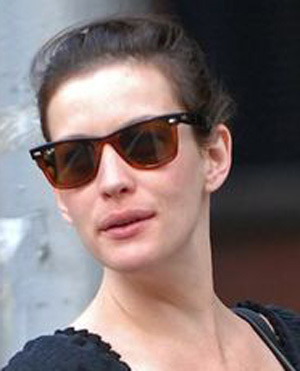 Liv Tyler - Ray-Ban - RB 2143