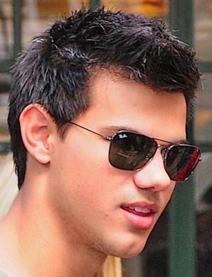 Taylor Lautner - Ray-Ban - 3136
