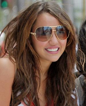 Miley-Cyrus-Sunglasses Roberto Cavalli - RC 374 - Telefo