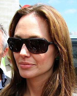 Angelina Jolie – Salt – Dixon
