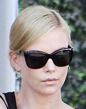Charlize Theron – Paul Smith – PS 3006