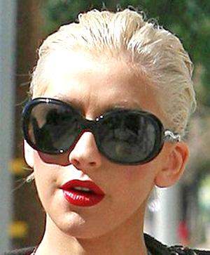 Christina Aguilera – Prada – PR 08LS