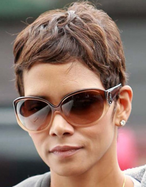 Halle Berry - GUESS by Marciano - Shira