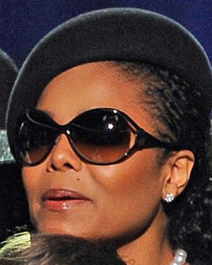 Janet Jackson – Versace – 2098