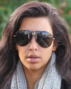 Kim Kardashian – YSL – 2202