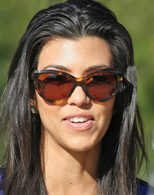 Kourtney Kardashian – Tom Ford – Anouk TF057