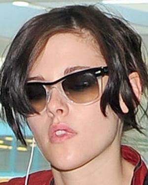 Kristen Stewart – Ray-Ban – RB 2143
