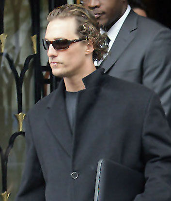 Matthew McConaughey – Ray-Ban – RB 4075