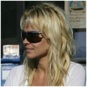 Pamela Anderson – Gucci – 2711